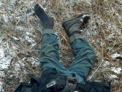 Тело мужчины нашли по адресу Котляковская улица дом 13