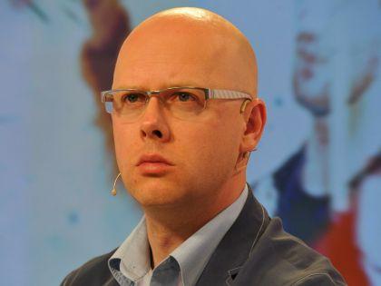 Граждане должны знать о тараканах в голове власть предержащих, считает Беляков