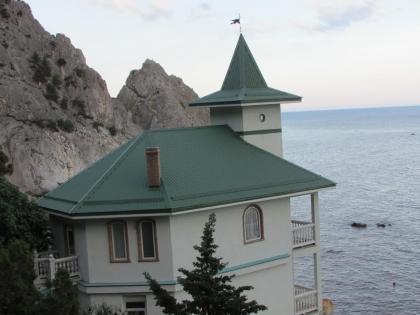 Элитный коттедж на берегу Крыма