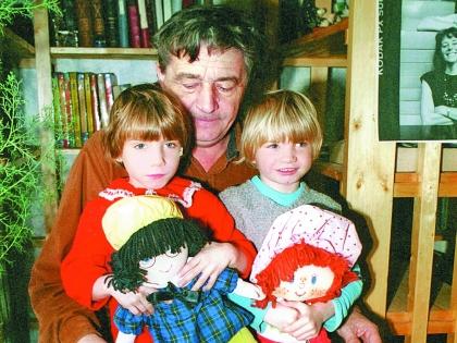 Эдуард Успенский с дочерьми
