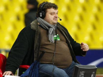 Телекомментатор Василий Уткин