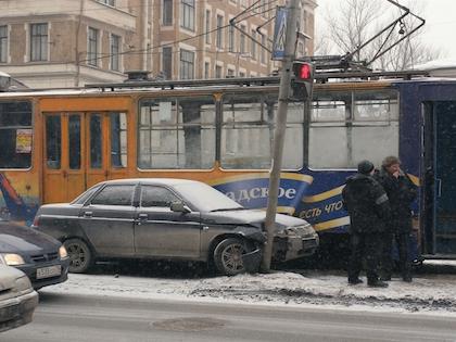 Пострадавшие были госпитализированы в одну из больниц Санкт-Петербурга