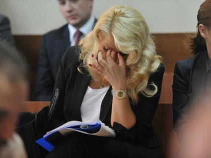 Вместо Евгении Васильевой наказание может отбывать двойник