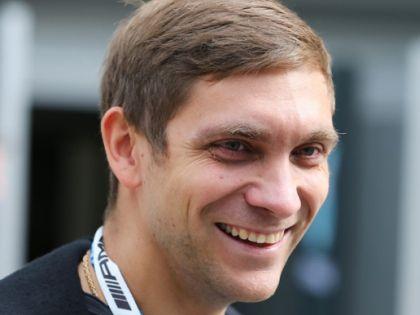 Известный гонщик, экс-пилот «Формулы-1» Виталий Петров
