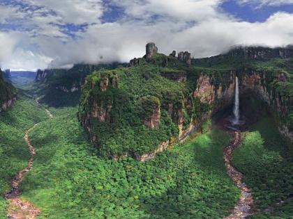 Водопады Анхель и Чурун-Меру