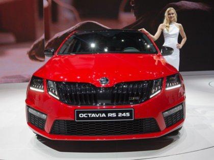 Заказать новую Skoda Octavia можно с января 2017 года, а сами автомобили появятся у дилеров с 1 апреля.