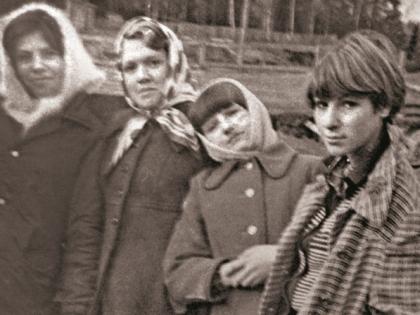 Жанна Агузарова (справа) в молодости