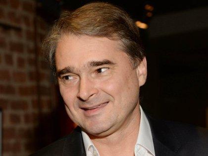 Режиссер «Папиных дочек» Жигалкин женат в третьей раз на актрисе Светлане Антоновой, у них трое детей