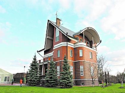 Дом Александра  Коржакова