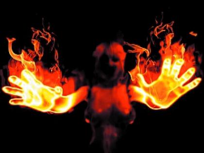 Девушка с огнем