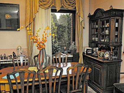 Гостиная в доме Генри Резника