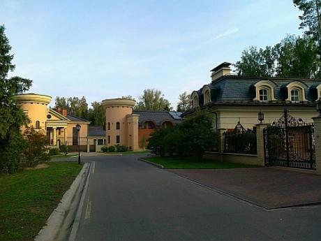 Дом в коттеджном поселке