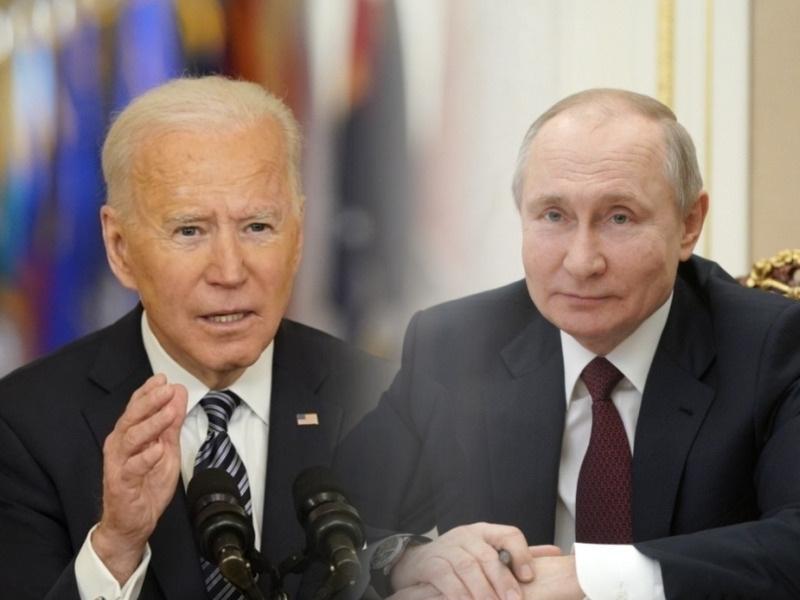 Политолог сравнил лайфхаки Зеленского и Путина в отношениях с Байденом