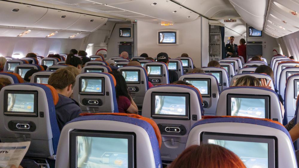 Как улететь в отпуск за границу, и почему новости об открытии авиасообщения  ерунда