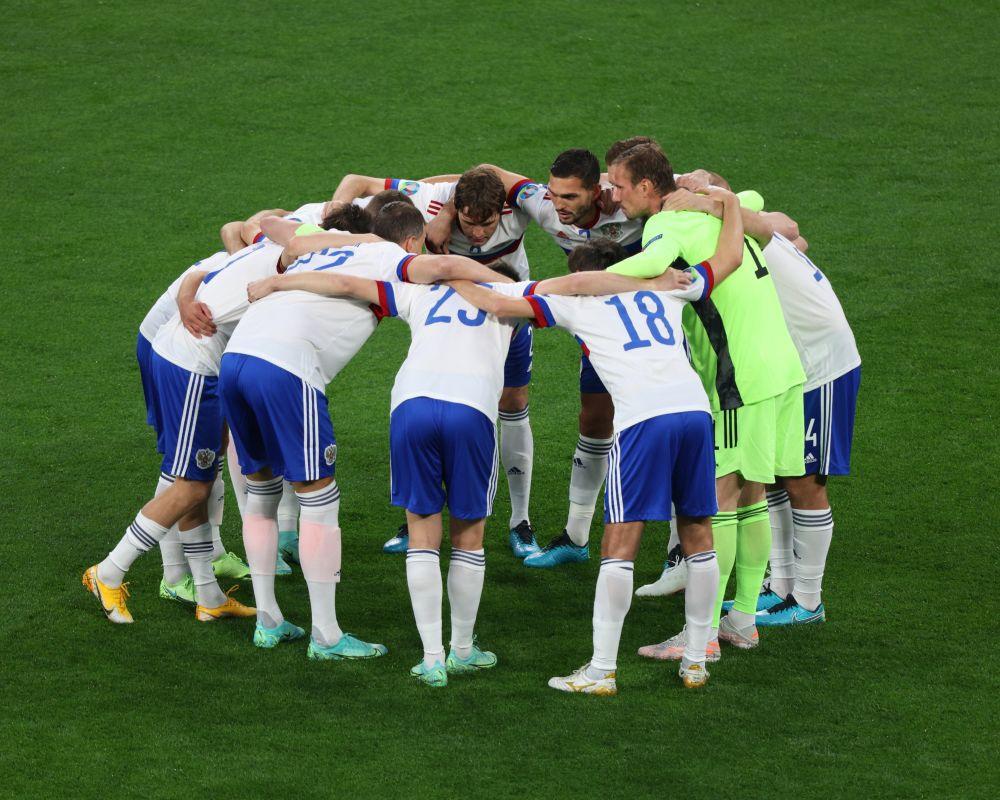 Лишить позорную сборную зарплаты! Россияне требуют наказать футболистов за безвольный проигрыш Бельгии