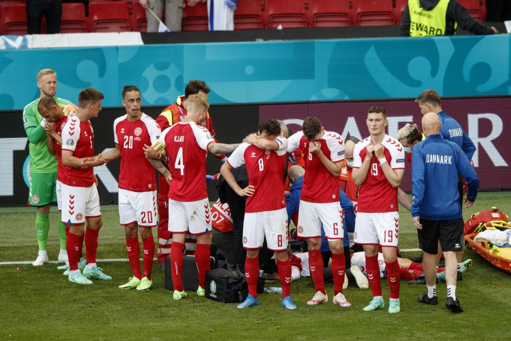 Датский футболист впервые обратился к болельщикам после остановки сердца во время матча