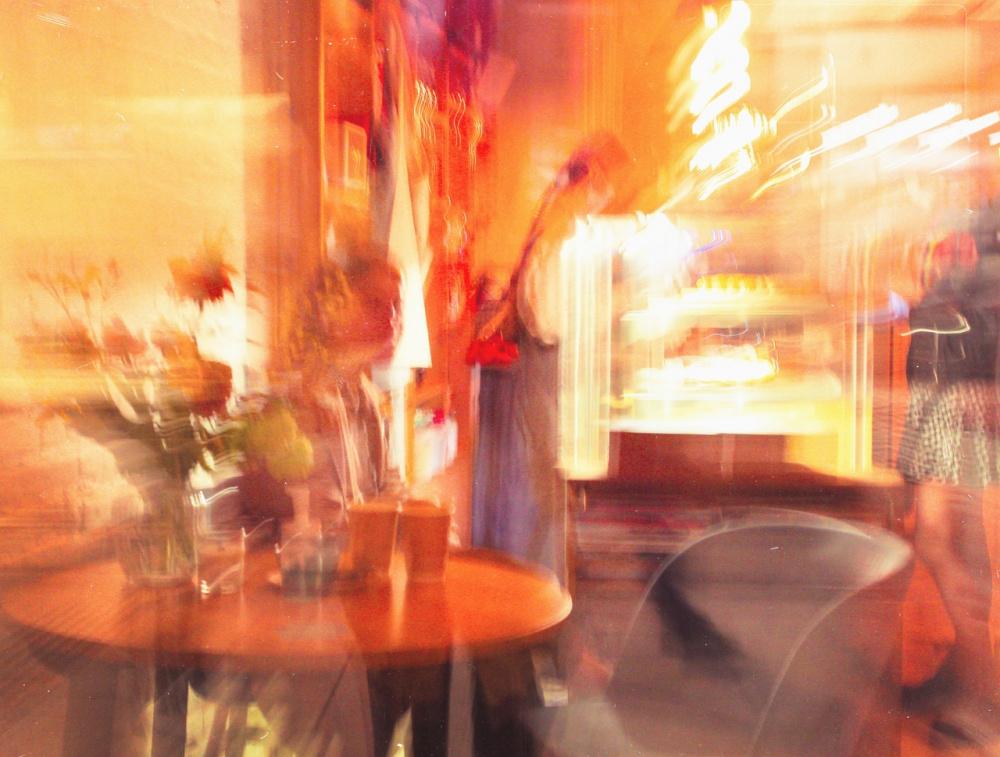 Московские рестораны и кафе потеряют около 80% посетителей из-за введения QR-кодов