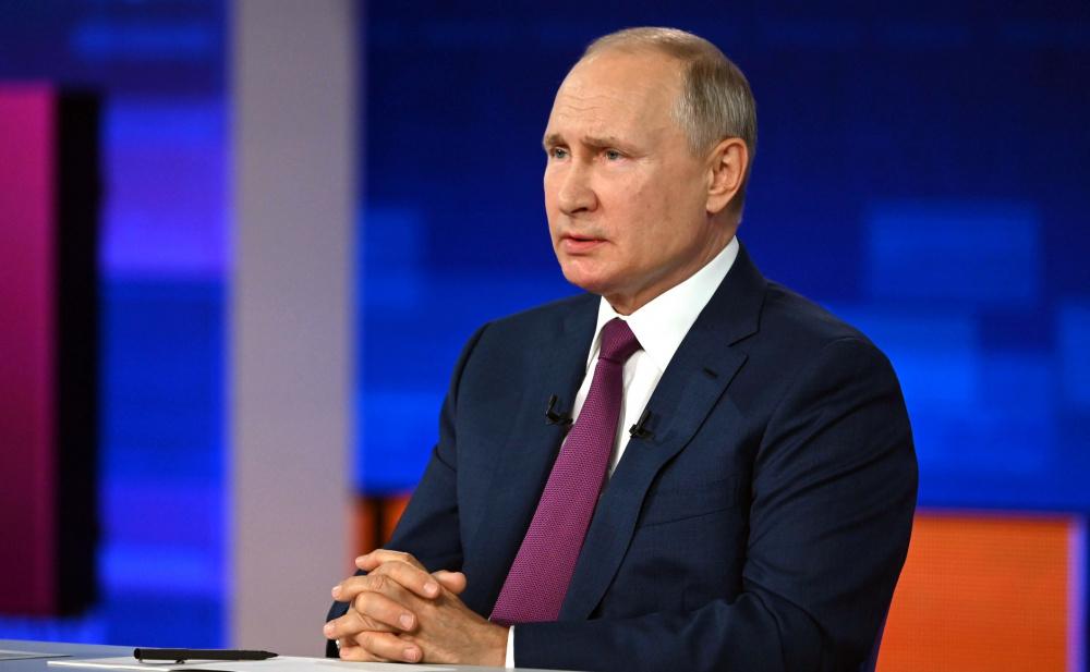Шедеврально: депутат Госдумы отметил любопытный момент во время Прямой линии Путина