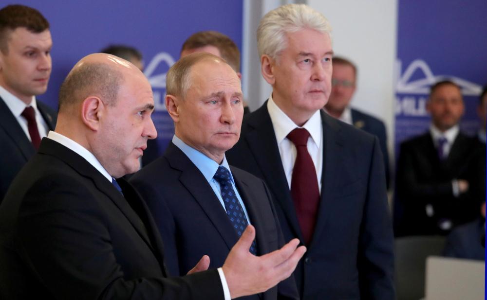 С Мишустиным и Собяниным всё плохо Россияне о новом побочном эффекте коронавируса
