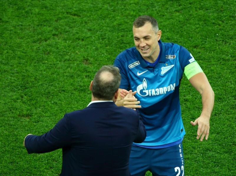 Карпин не вызвал в состав сборной РФ Дзюбу. Ранее футболист негативно отзывался о тренере