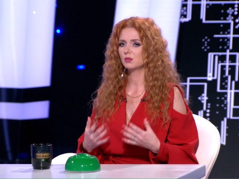 Лена Катина расскажет об изнасиловании, с которым столкнулась в 11-летнем возрасте