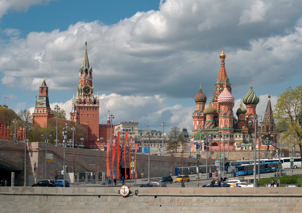 Песков ответил на обращение СМИ с предложением внести поправки в закон об иноагентах