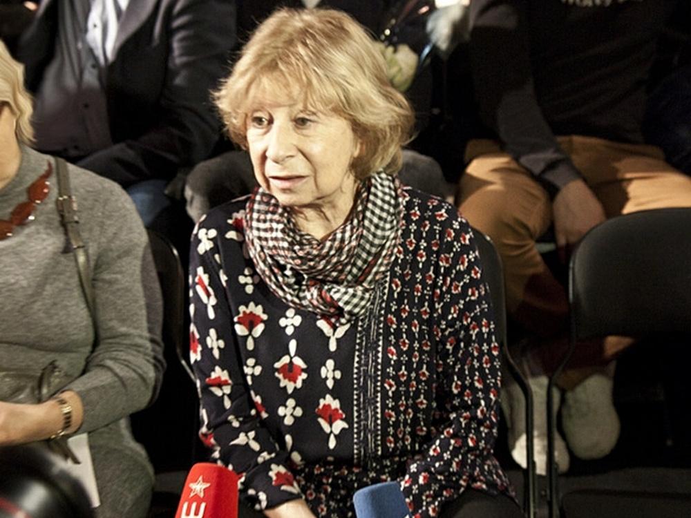 Лия Ахеджакова: Работать в гардеробе мне нельзя