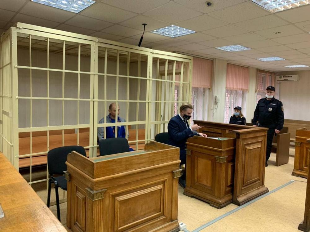 Рядового сотрудника, проводившего дезинсекцию в Магните, арестовали на два месяца