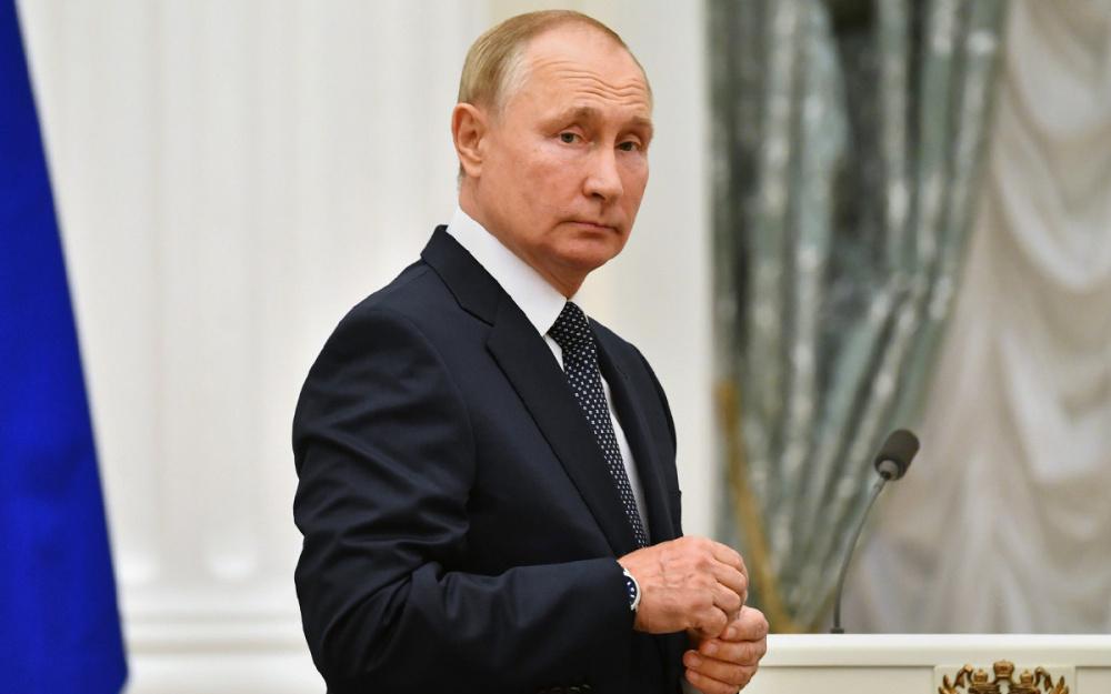 Тайны кремлевского двора: Белковский подробно рассказал о транзите власти в России