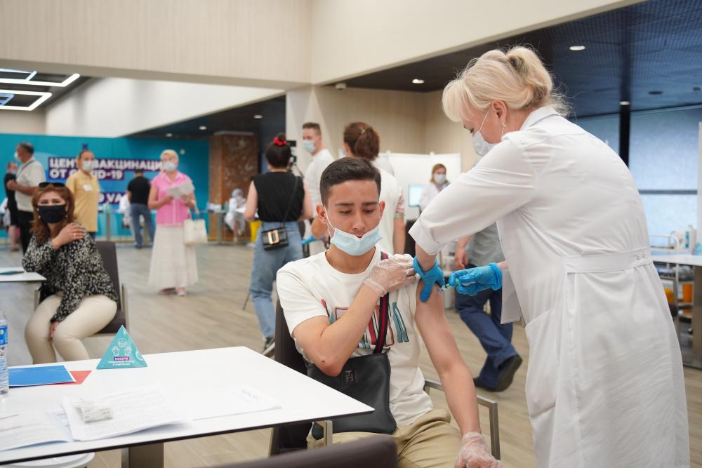 Вакцины-иностранки: Астразенека, Пфайзер, Модерна. Какую выбрать