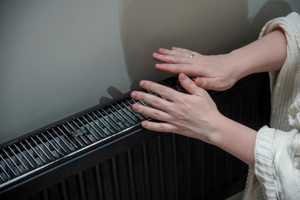На пенсионерку завели уголовное дело за обещание взорвать подъезд, если ей не включат отопление