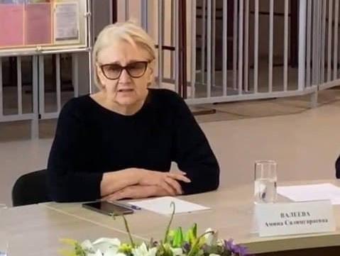 Нашли крайнюю: В казанской гимназии, где расстреляли 9 человек, собирают деньги на адвоката директрисе