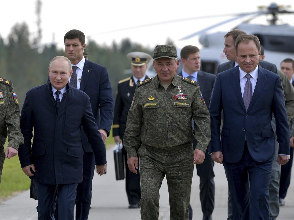 Как по-разному проявили себя экс-адъютанты Путина, или нужен ли контроль за Шойгу