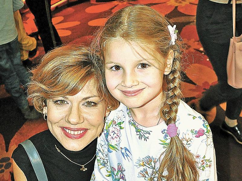 Елена Бирюкова с дочерью