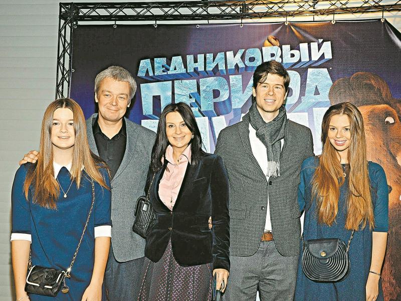 Вся семья Стриженовых в сборе  // Фото: Анатолий Ломохов