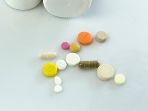 Доктор с Кипра прописал. Госзаказы на поставку лекарств получают офшорные фирмы