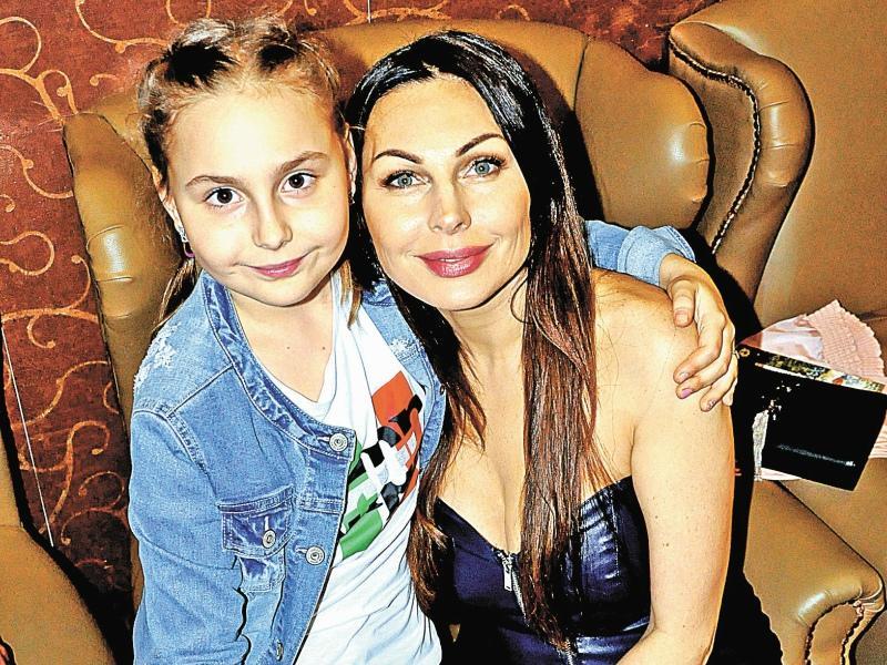 Наталья Бочкарева с дочерью