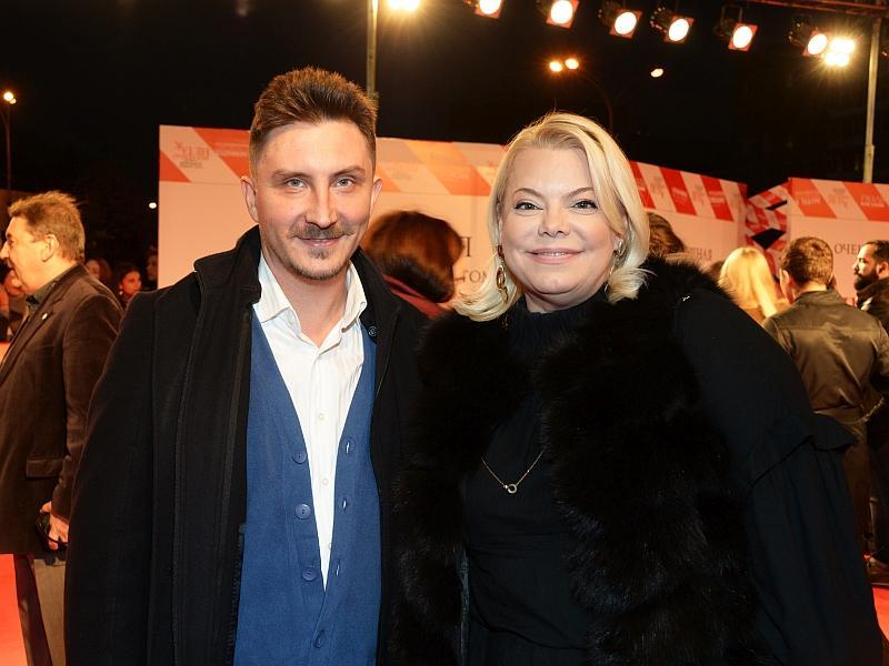 Яна Поплавская с мужем // фото: Global Look Press