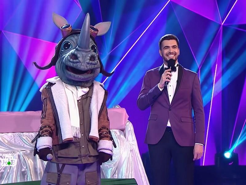 "Фото в статье: стоп-кадры шоу ""Маска"" на НТВ, Youtube"