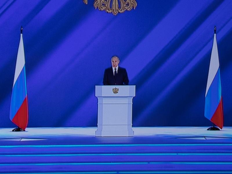 Две роли Путина: психологический парадокс президента России