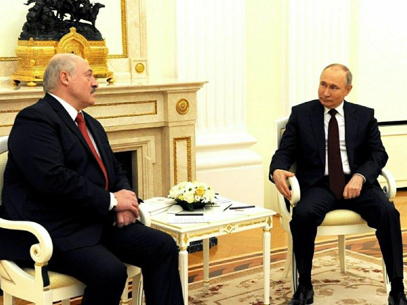Не было даже в планах: Политолог раскрыл блеф Лукашенко перед встречей с Путиным