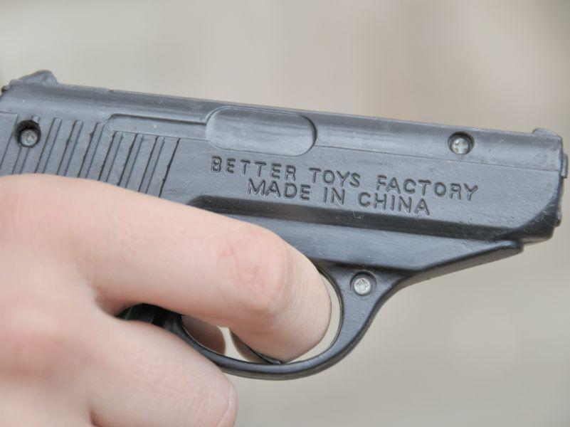Такие пистолеты, конечно, не подойдут – недостаточно представительно // фото: Walter G. Allgöwer / CHROMORANGE / Global Look Press
