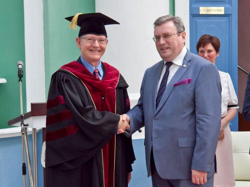Уильям Мёрнер и ректор МПГУ Алексей Лубков
