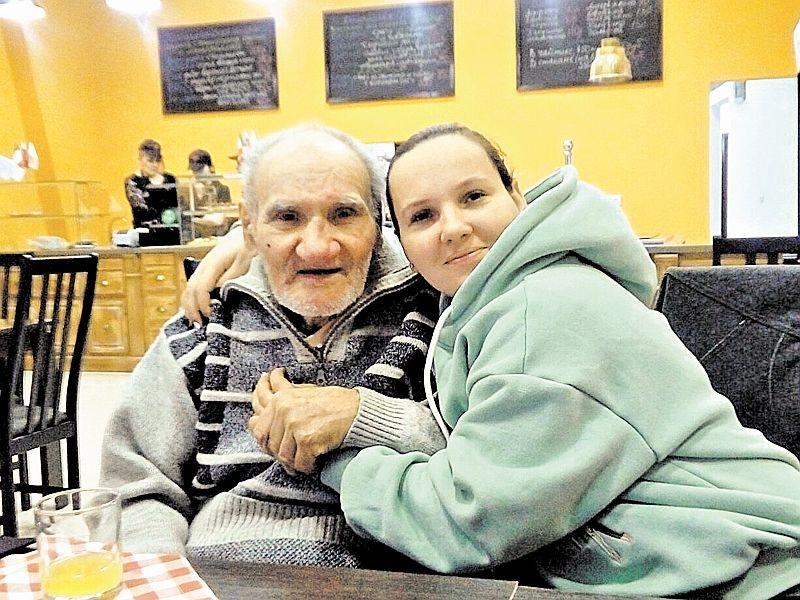 Старики и дети – вот главное богатство Валентины // фото: семейный архив