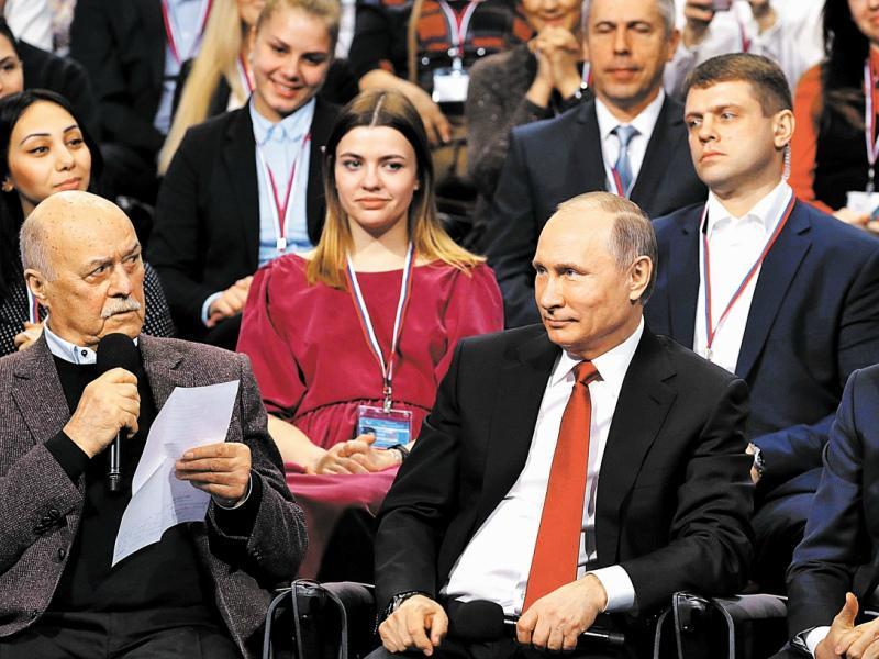 На прошлых выборах режиссер был доверенным лицом Путина