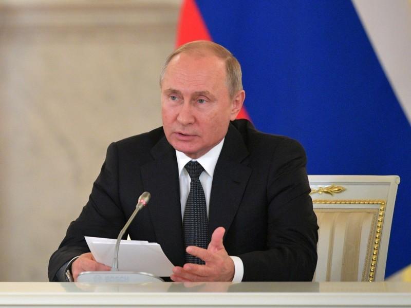 Владимир Путин на заседании Совета по развитию гражданского общества и правам человека 11 декабря // фото с оф. сайта Кремля