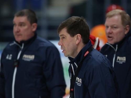 Тренеры сборной. Фото: Александр Хазов / Sobesednik.ru