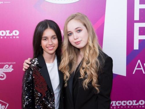 Дочка Александра Реввы Алиса и победительница-блогер Елена Арутюнова
