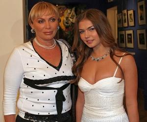 А если это Любовь: Мама Алины Кабаевой получила квартиру за 600 млн рублей