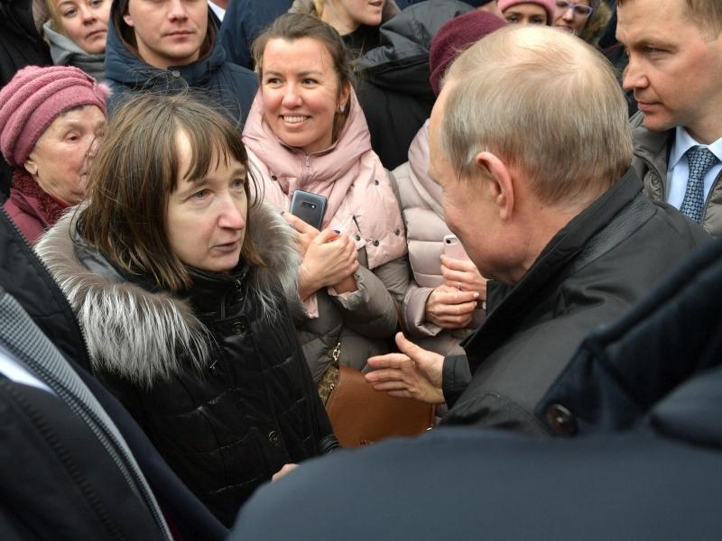 Путин на встрече с народом // фото: Global Look Press